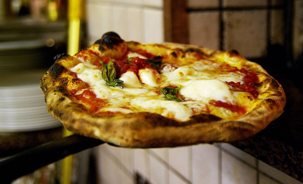 Pizza Napoletana STG foto-2