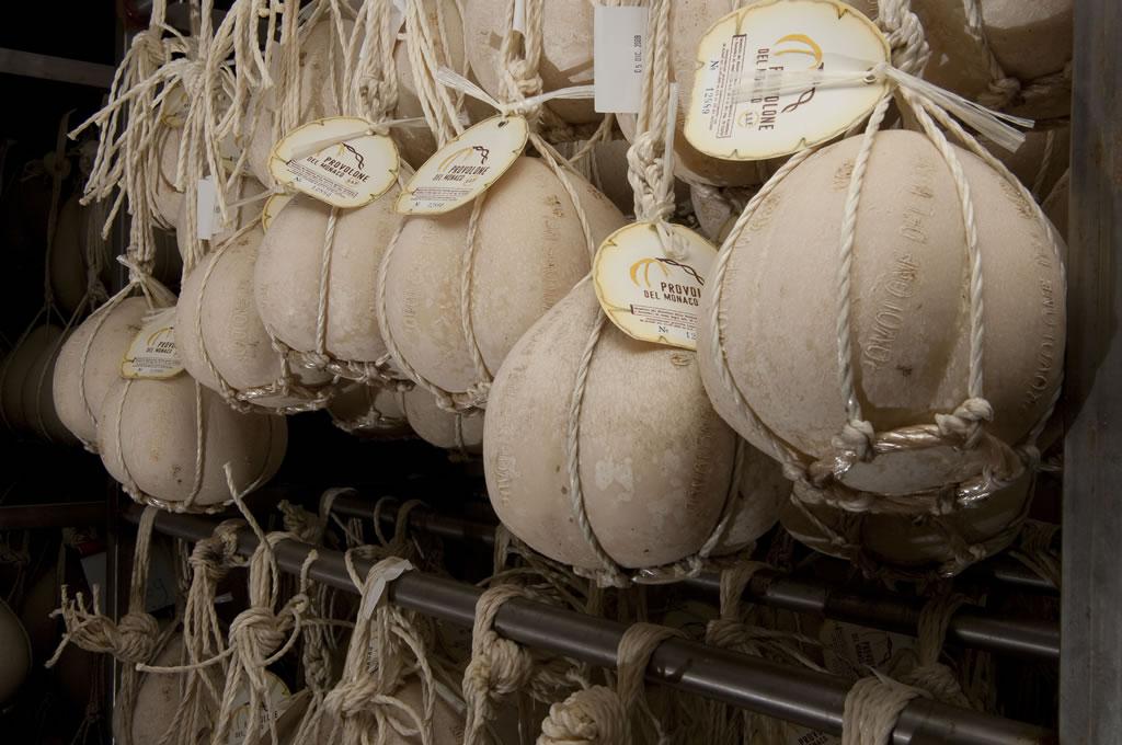 Provolone del Monaco DOP foto-2
