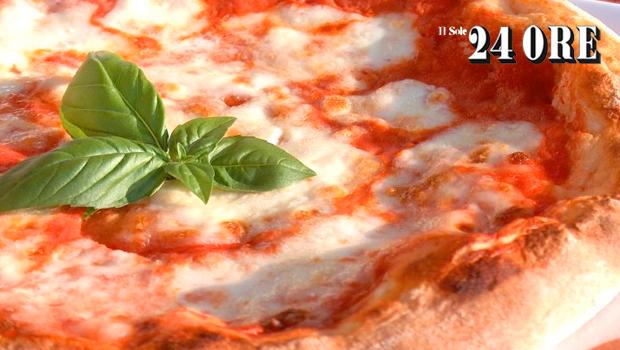 Italia chiede alla Ue la tutela per la Pizza Napoletana STG