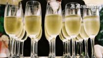 Spumanti italiani da record: il sorpasso sui vini bianchi