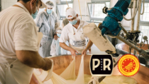 Parmigiano Reggiano DOP: grande successo per il Festival dei Caseifici Aperti 2021